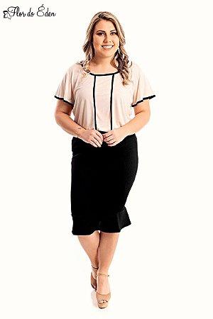 Blusa Plus Size Feminina Em Viscose E Com Acabamento Contrastante