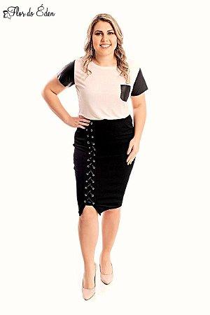 Blusa Plus Size Feminina Com Bolso E Detalhe Em Cirre