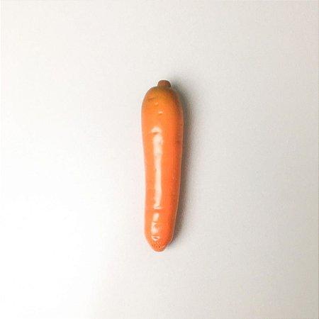 Cenoura em Cerâmica