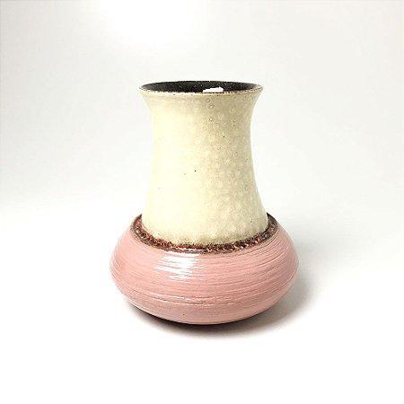 Vaso em Porcelana Rosa - Magno Barrozo