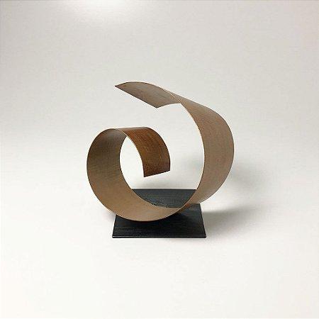 Escultura Filó Dourada