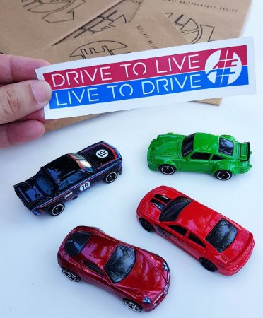 Adesivo Drive to live, Live to Drive colorido | AUTOentusiastas