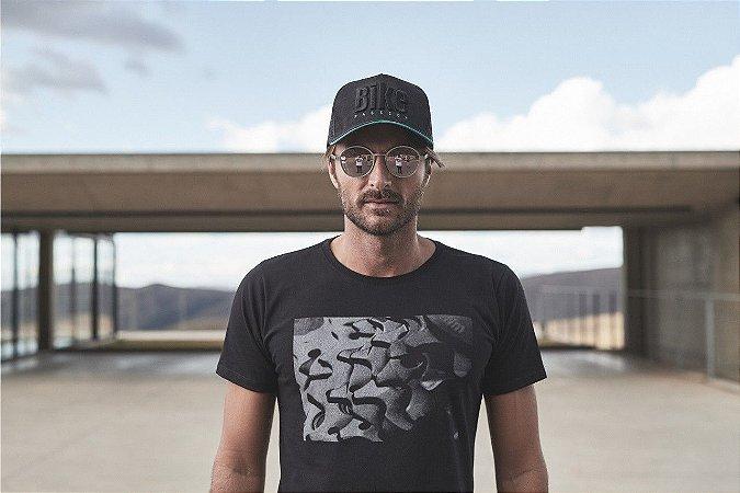 Camiseta Masculina Cassete Parte Preto - Sense