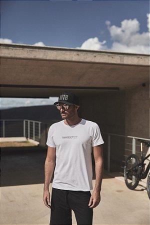 Camiseta Masculina Corrente Branco - Sense