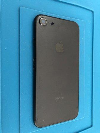 Carcaça Chassi Iphone 7 Preta Original Apple com detalhes.