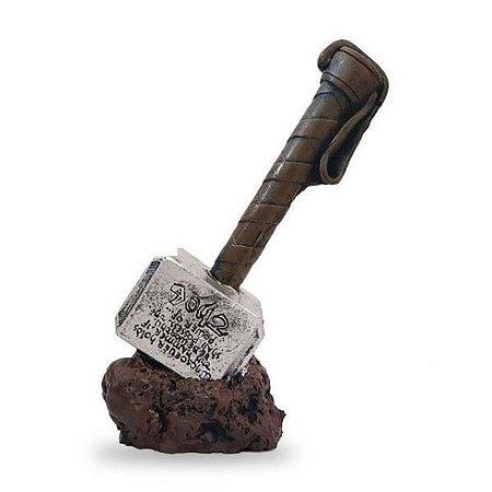 Martelo do Thor Estatueta em Resina