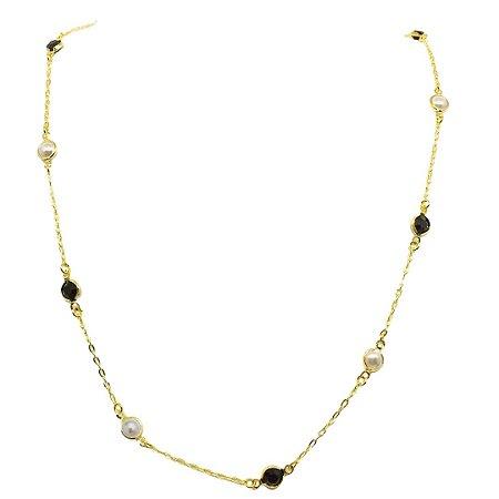 Colar longo estilo Riviera cristal preto e pérolas folheado dourado