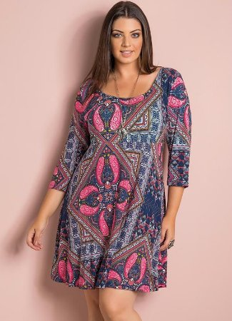 Vestido Evasê Estampa Paisley Plus Size