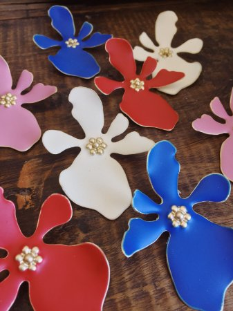 Brinco Floral colorido