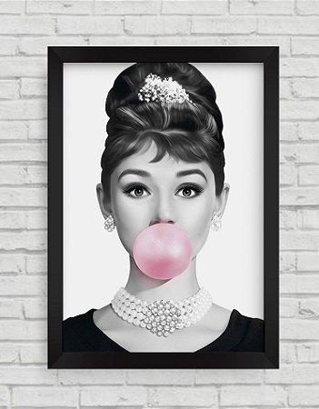 Quadro Decorativo Audrey Hepburn Bola de Chiclete