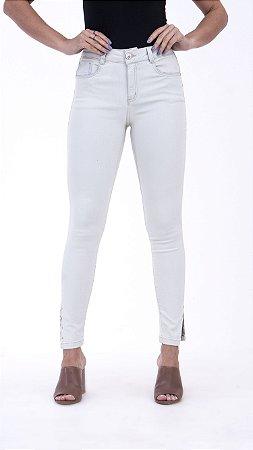 Calça Jeans Off White com Taxas Barra