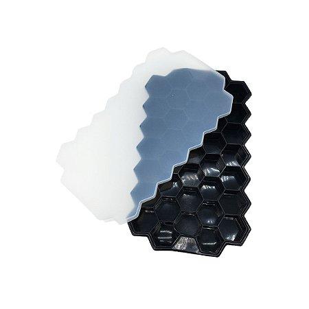 Forma De Gelo Silicone Com Tampa Maleável 37 Cubos Pequenos Hexágono Flexível Preto