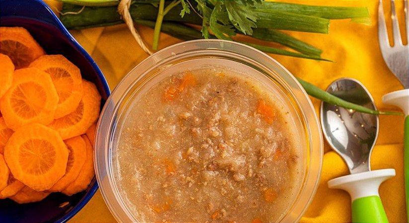Sopinha cremosa de carne com legumes - Aconchego