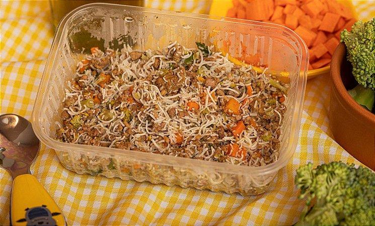Macarrãozinho oriental com carne moída e legumes - Japapou