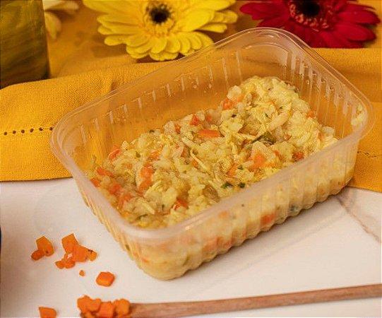 Risotinho de frango com pedacinhos de cenoura - Ispilicute