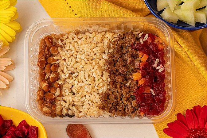 Pfzinho com carninha moída, feijão carioca, arroz integral e salada de legumes - PF do Papá