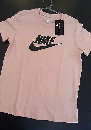 Camiseta Nike Essentials Icon Futura Feminina Rosê