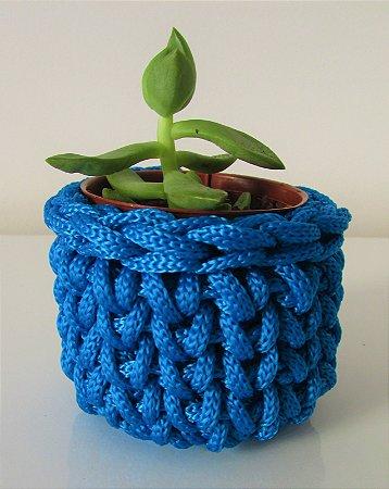 Lembrancinha de crochê azul royal