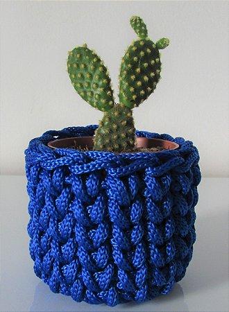 Lembrancinha de crochê azul em tons de azul