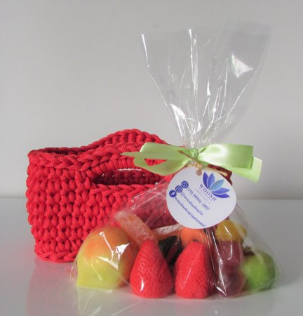 Kit de mini sacola com sabonetes artesanais