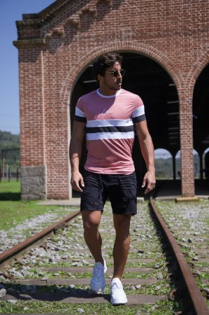 Camiseta Tricolor Pink to Grey