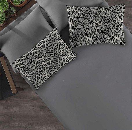 Kit: 1 Lençol com elástico liso Casal e 2 Fronhas estampadas de Malha Jaguar