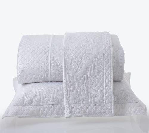 Kit Colcha Queen com Porta Travesseiros Microfibra Provence Branca