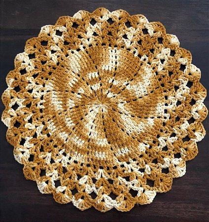 Sousplat de Crochê individual feito à mão Vitória Mescla Amarelo Ouro