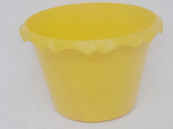 Cachepot Plastico C/ Borda Amarelo - Unidade. Maricota Festas