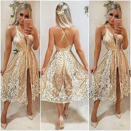96428732b01 VESTIDO DOURADO DE RENDA E HOT PANTS K 8DZ7BCLMV - Livia Fashion ...