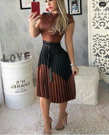 d85b15356a54 VESTIDO MARROM E PRETO DETALHE PLISSADO K BYEWJJT3G - Livia Fashion ...
