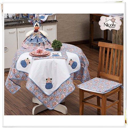 Toalha de Mesa Para 4 Cadeiras – Florata, 1,40m x 1,40cm.