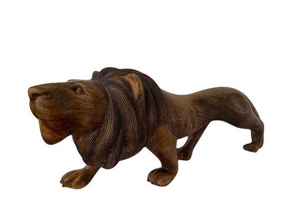Escultura Leão em Madeira Entalhada Decorativo Frente
