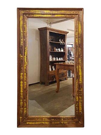 Espelho Retangular Grande Patinado Amarelado em Madeira de Demolição