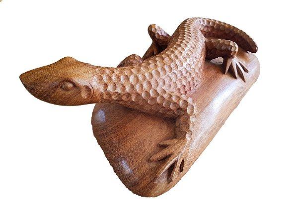 Escultura Dragão de Komodo em Madeira Ent. em Uma Peça Maciça