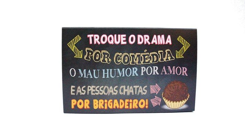 CAIXINHA DIVERTIDA P/ 6 DOCES - TROQUE O DRAMA