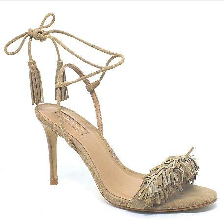 Sandália de Camurça Pompom