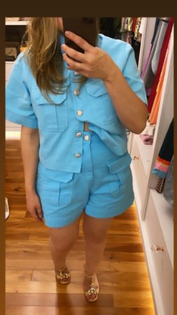 Jaqueta Cropped de Sarja Azul
