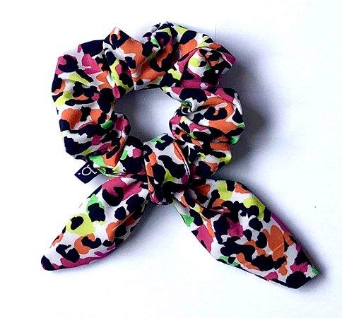 Scrunchie Amarrador De Cabelo De Tecido Onça Multi Color Neon Com Laço