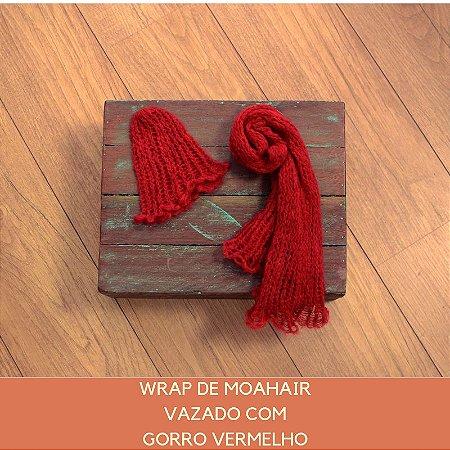 Wrap de Mohair Vazado com Gorro Vermelho