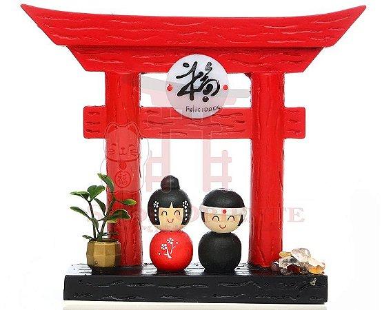 Portal Japonês (Tori) com Ideograma de Felicidade