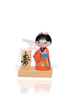 Mini Kokeshi com Base - Gueixa Salmão e Laranja