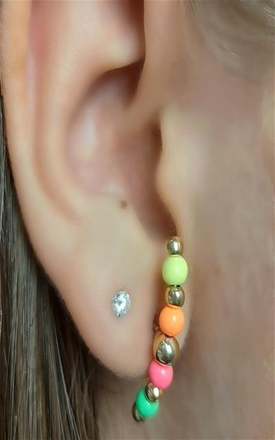 Ear huk colorido