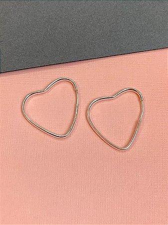 Argola em prata de coração 2,5 cm