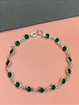 Pulseira em prata de corrente de zirconias esmeraldas lado a lado
