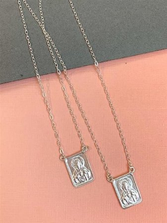 Escapulário em prata tradicional com medalha média (1,5 cm)