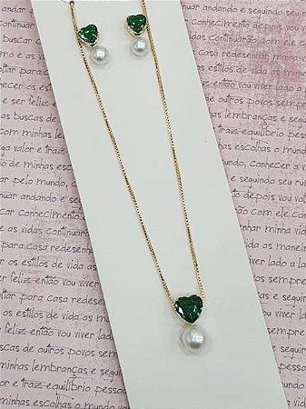Conjunto de zirconia de coração esmeralda com pérola