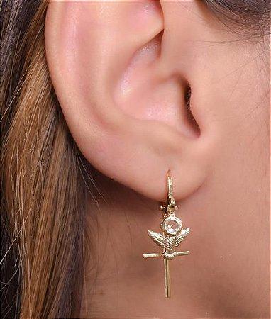 Mini argola com pingentes de cruz, divino e zirconia