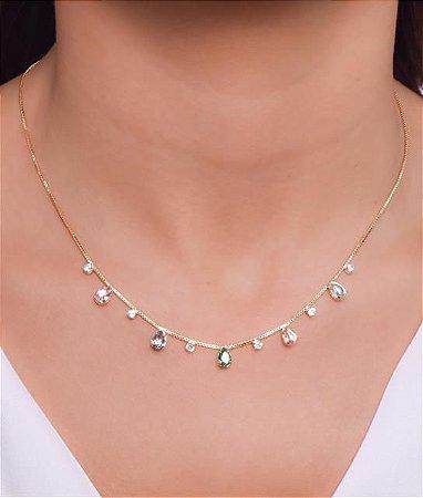 Choker com gotas de zirconias coloridas e zirconias cristais no meio