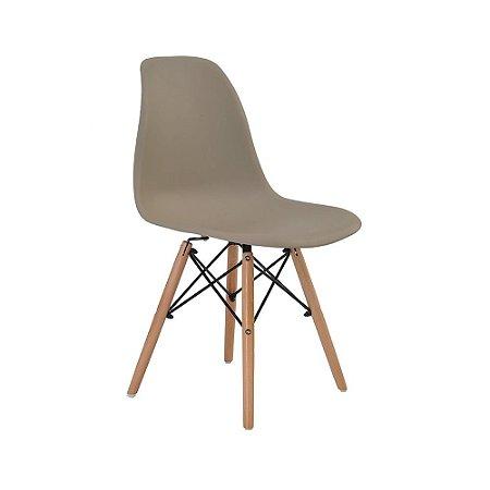 Cadeira Design Charles Eames Eiffel Fendi Plástico Base Madeira